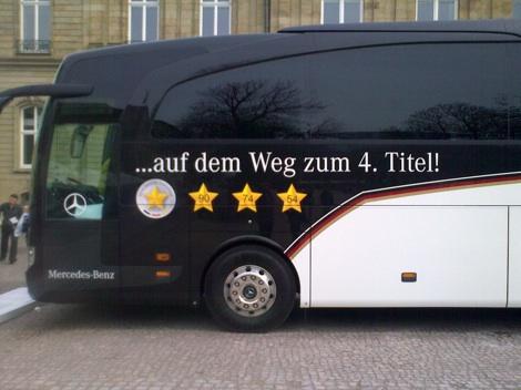 dfb-bus-4-titel_