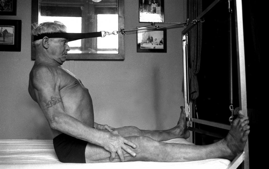 Pilates Bett Trainingsgeraet