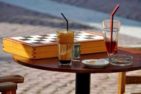 Kaffee und Tavli