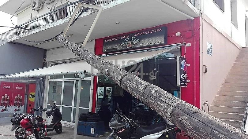 Strommast kaputt