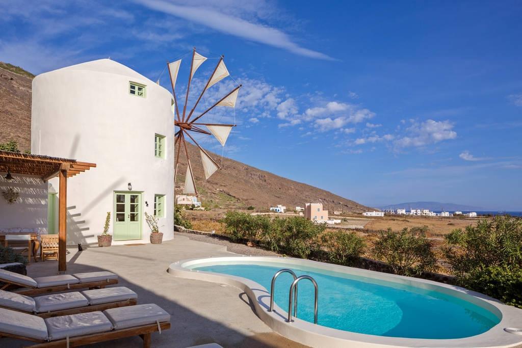 Airbnb Windmill