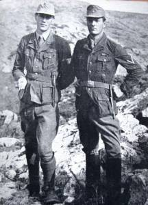 patrick-leigh-fermor-und-moss-in-deutscher-uniform