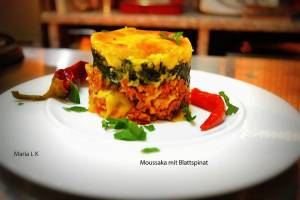 rezept-maria-moussaka-mit-blattspinat