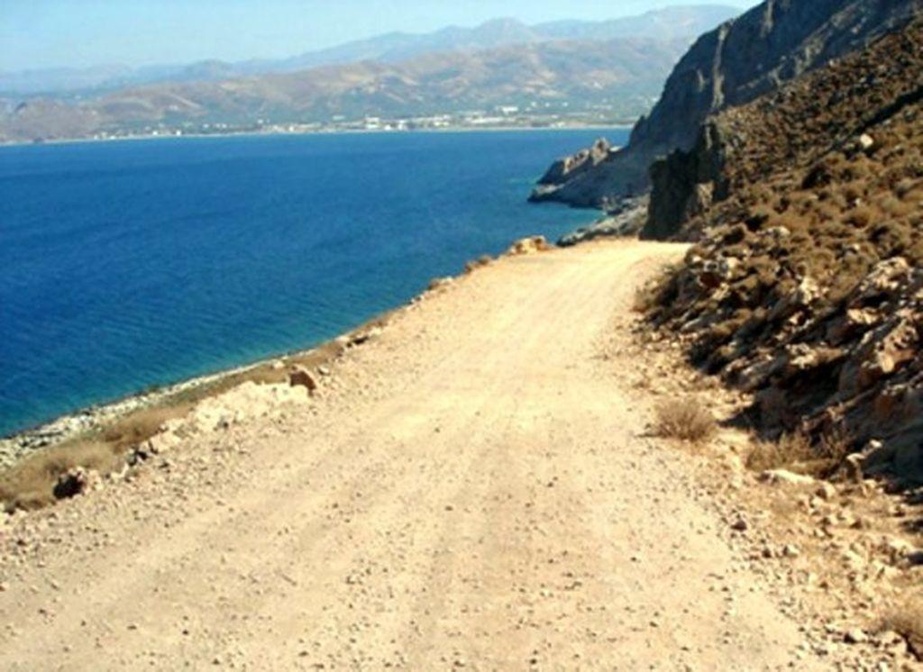 Road Balos Beach1